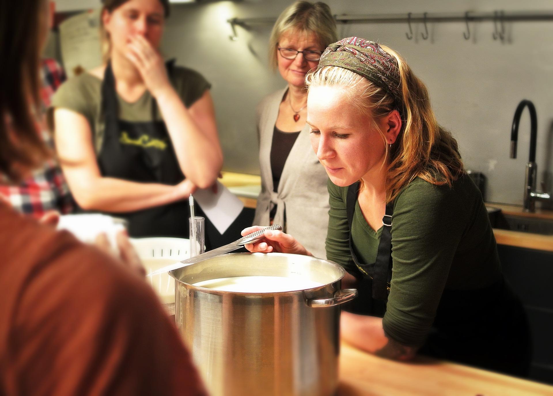 Corso di cucina base: come essere fieri della propria cucina