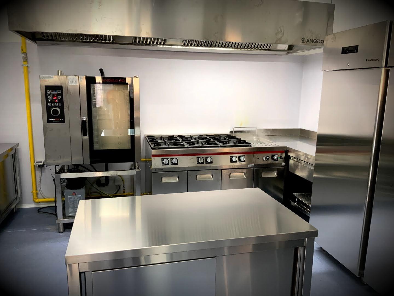 Mensa cucina scuola Olimpia di Montefano